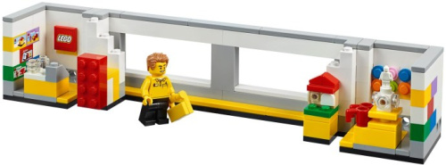 40359-1 LEGO Store Picture Frame