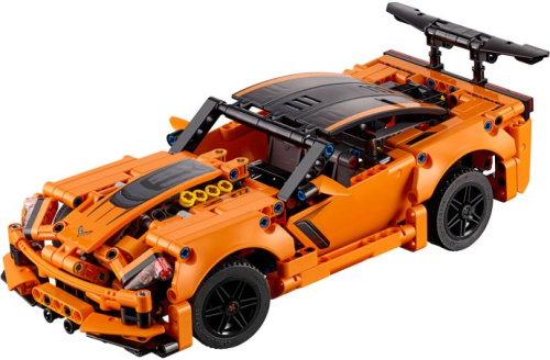 42093-1 Chevrolet Corvette ZR1